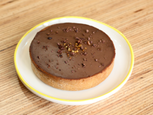 Tarte chocolat tonka praliné - Emma Duvéré