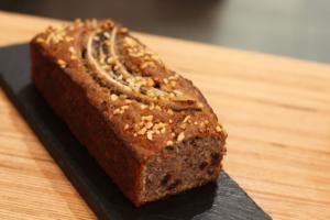 Banana bread vegan & sans gluten par Emma Duvéré